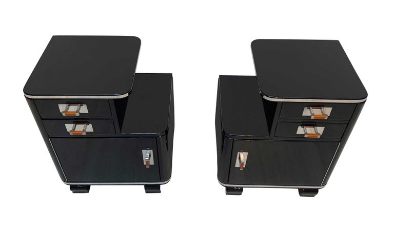 Galvanized Pair of Art Deco Nightstands, Black Piano Lacquer and Nickel, France, circa 1930 For Sale
