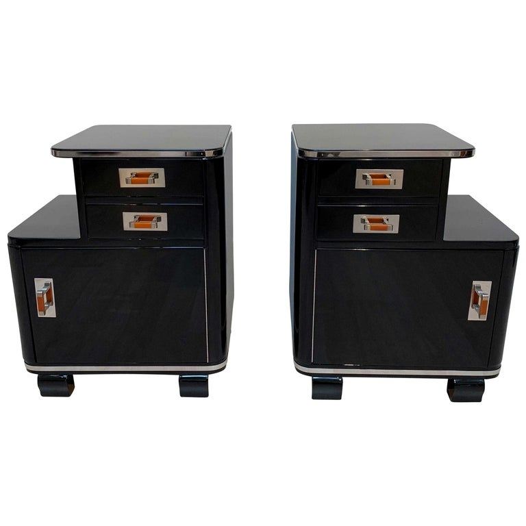 Pair of Art Deco Nightstands, Black Piano Lacquer and Nickel, France, circa 1930 For Sale