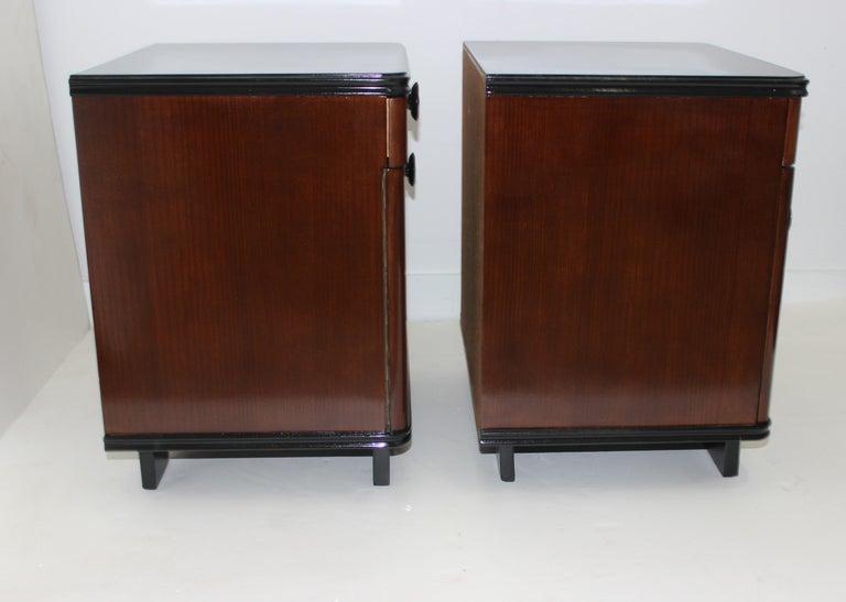 Pair of Art Deco Nightstands For Sale 1