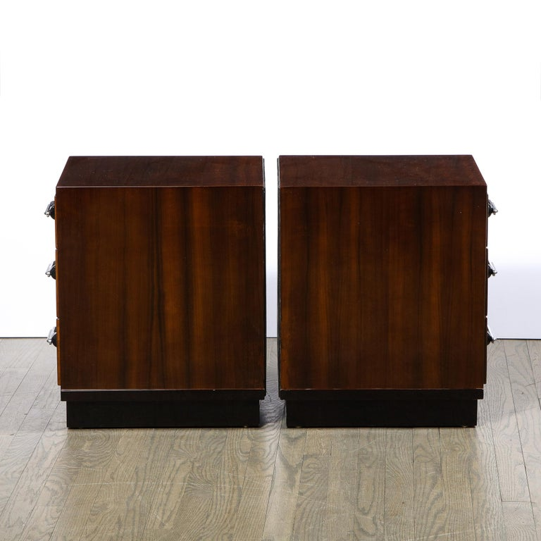 Pair of Art Deco Nightstands in Lacquer & Walnut w/ Streamlined Chrome Pulls For Sale 4