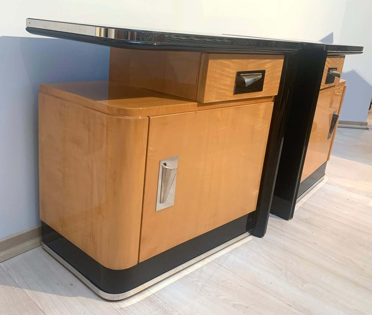French Pair of Art Deco Nightstands, Maple and Chrome, France, circa 1940 For Sale