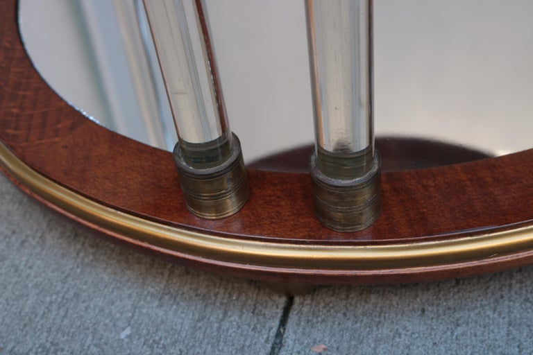 Pair of Art Deco Round Two-Tier Side Tables In Good Condition For Sale In New York, NY