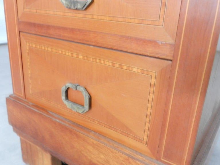 Mid-20th Century Pair of Art Deco Side Cabinets Nightstands Inlaid Bedside Tables French For Sale