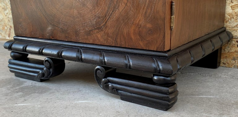 Pair of Art Deco Side Cabinets or Nightstands with Ebonized Base For Sale 5