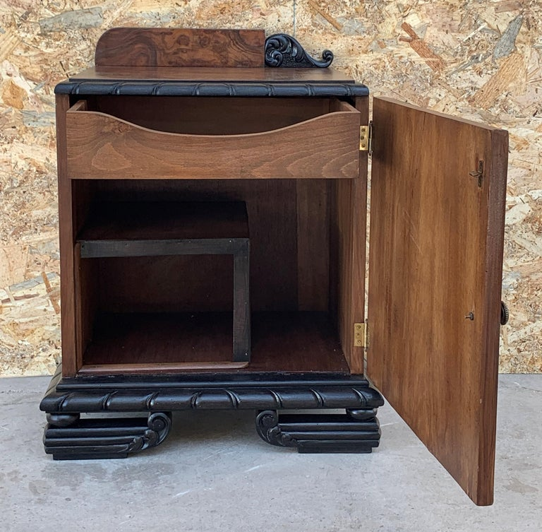 Pair of Art Deco Side Cabinets or Nightstands with Ebonized Base For Sale 2
