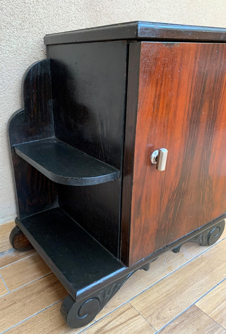 Pair of Art Deco Side Cabinets or Nightstands with Ebonized Base and Burl Walnut For Sale 5