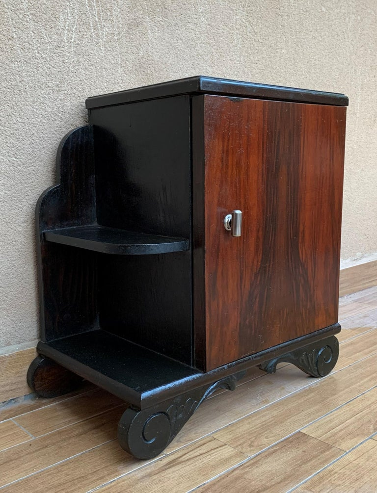 Pair of Art Deco Side Cabinets or Nightstands with Ebonized Base and Burl Walnut For Sale 1