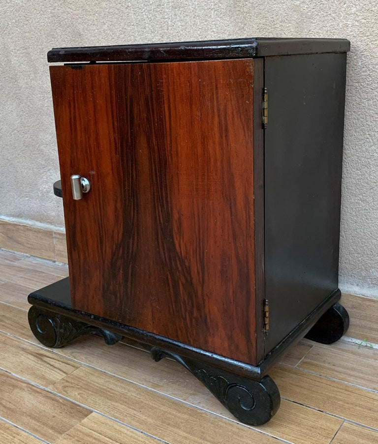 Pair of Art Deco Side Cabinets or Nightstands with Ebonized Base and Burl Walnut For Sale 2