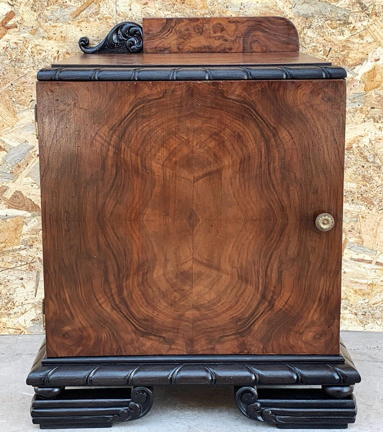French Pair of Art Deco Side Cabinets or Nightstands with Ebonized Base For Sale