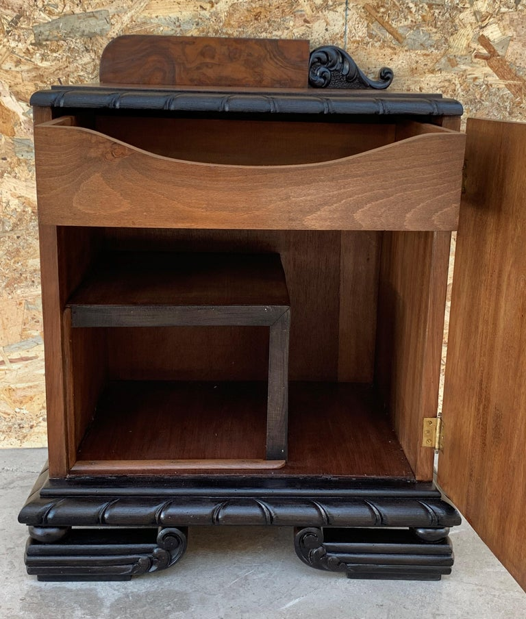Pair of Art Deco Side Cabinets or Nightstands with Ebonized Base For Sale 3