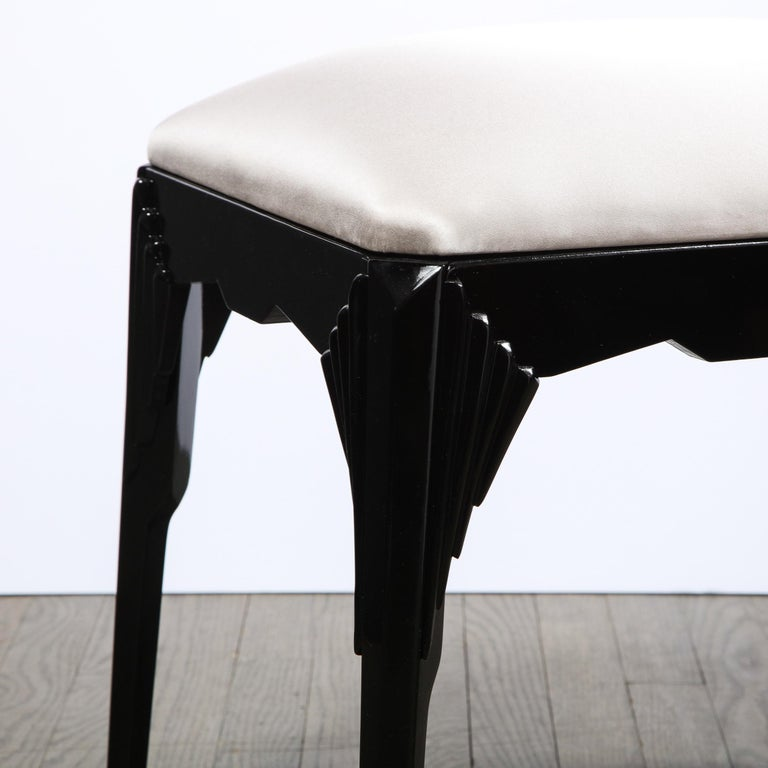 Pair of Art Deco Skyscraper Style Black Lacquer Stools in White Gold Silk In Excellent Condition For Sale In New York, NY