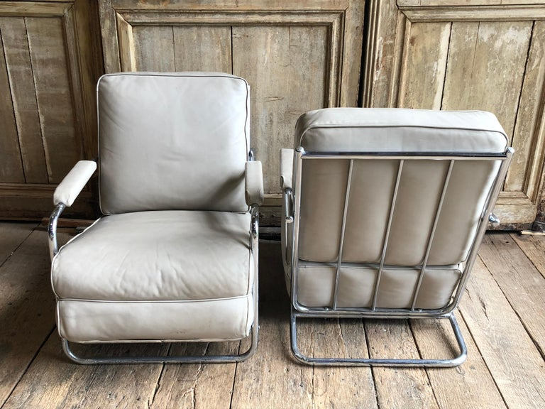 Pair of Gilbert Rohde Lounge Chairs In Chrome and Leather 4