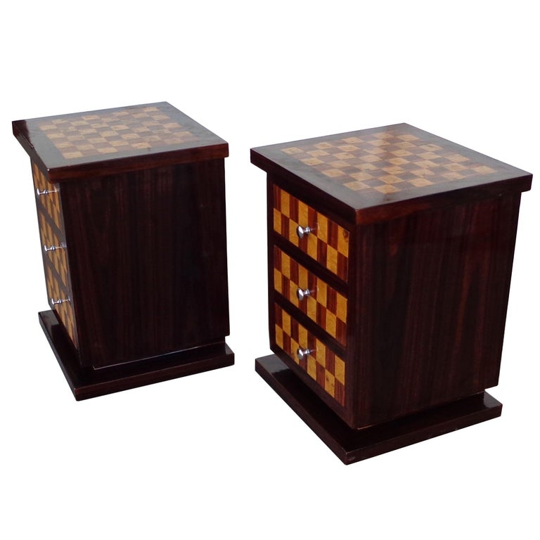 European Pair of Art Deco Style Nightstands or Side Tables For Sale