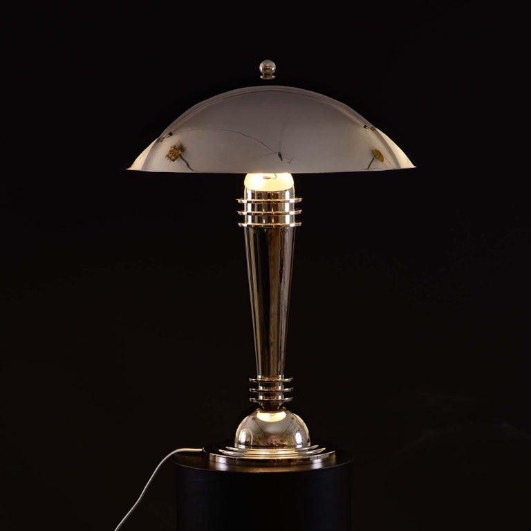 A very rare pair of Art Deco table lamps in the manner of the Woka reproduction