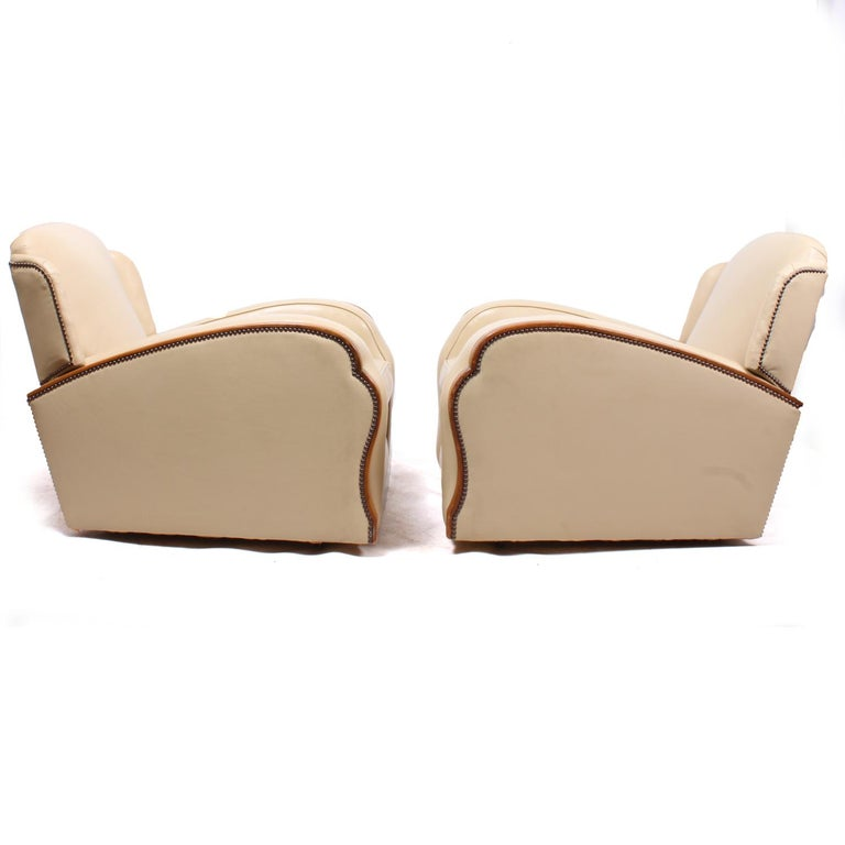 Pair of Art Deco Tank Armchairs in Leather 2