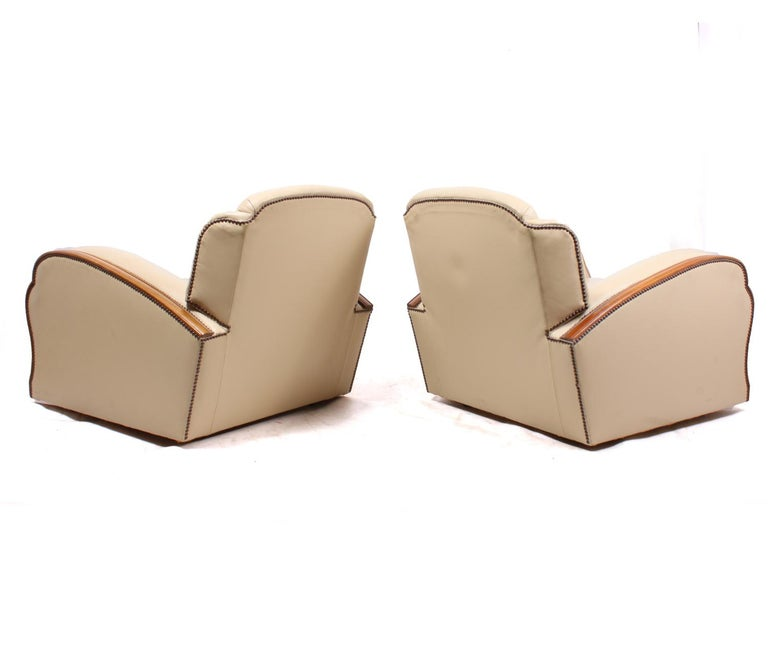 Pair of Art Deco Tank Armchairs in Leather 6
