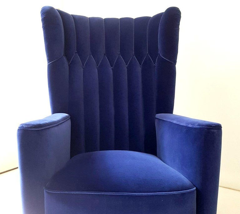 Italian Pair of  Art Deco Velvet Covered Armchairs attributed to Guglielmo Ulrich For Sale