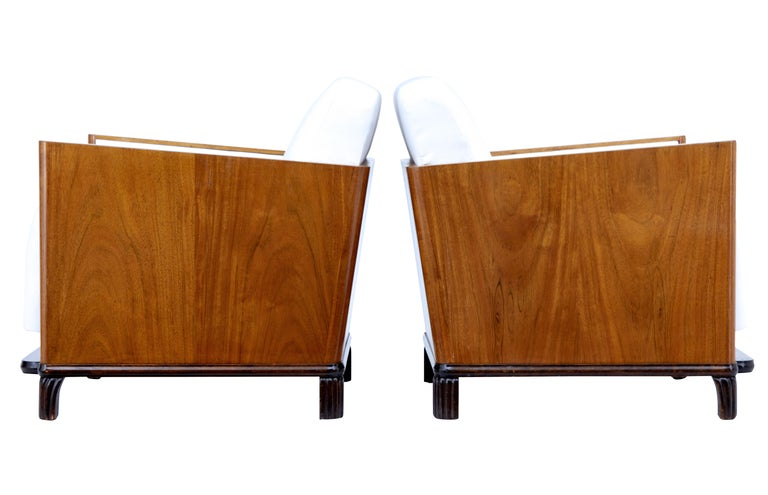 Pair of Art Deco Walnut Club Armchairs In Good Condition For Sale In Debenham, Suffolk