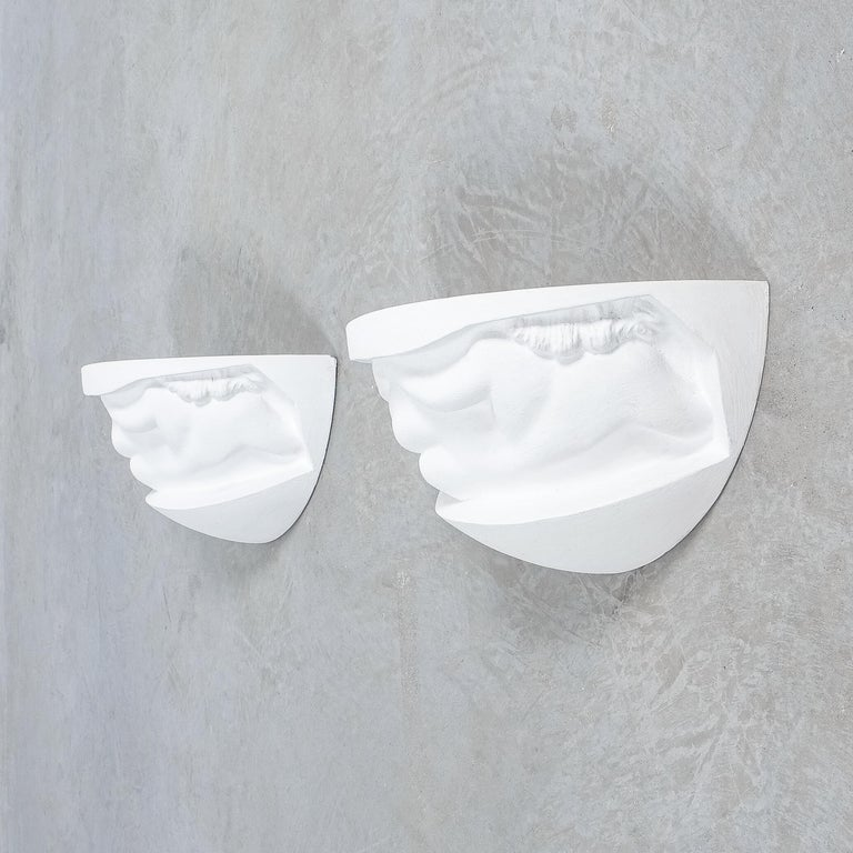 Mid-20th Century Pair of Art Deco White Plaster Sconces Wall Lamps Nudes, France, circa 1935 For Sale