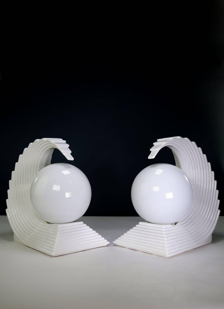 European Pair of Art Deco White Wave Regency Statement Table Lamps For Sale