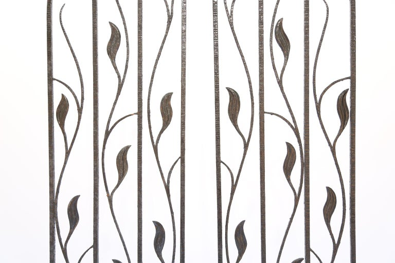 20th Century Pair of Art Deco Wrought Iron Room Dividers For Sale