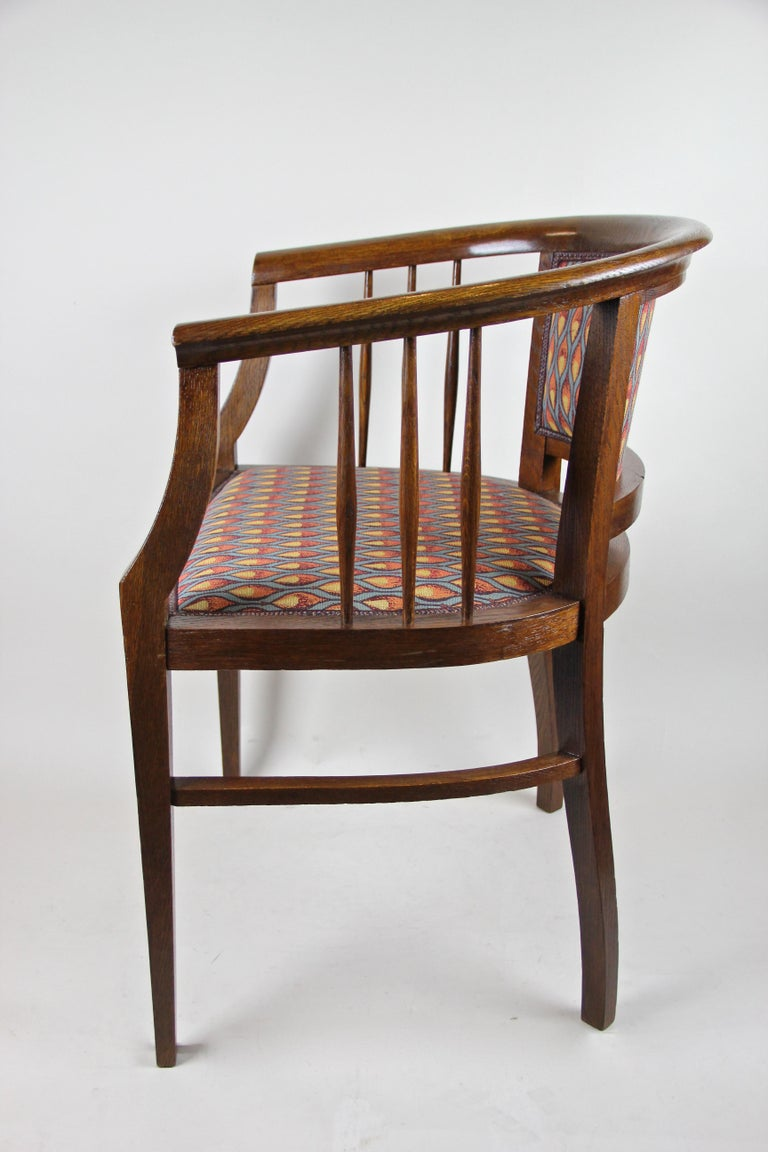 Pair of Art Nouveau Armchairs Newly Upholstered, Austria, circa 1910 For Sale 5