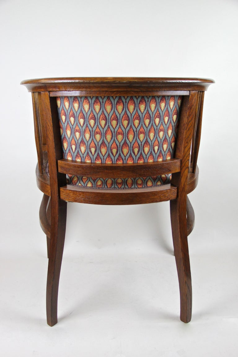 Pair of Art Nouveau Armchairs Newly Upholstered, Austria, circa 1910 For Sale 6