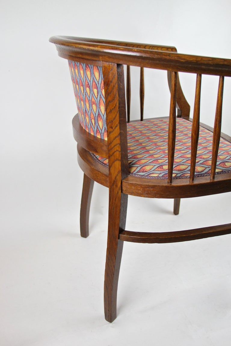Pair of Art Nouveau Armchairs Newly Upholstered, Austria, circa 1910 For Sale 8