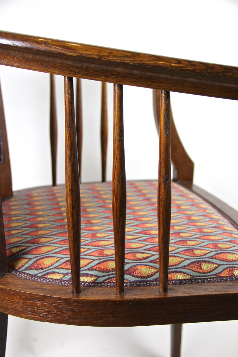 Pair of Art Nouveau Armchairs Newly Upholstered, Austria, circa 1910 For Sale 9