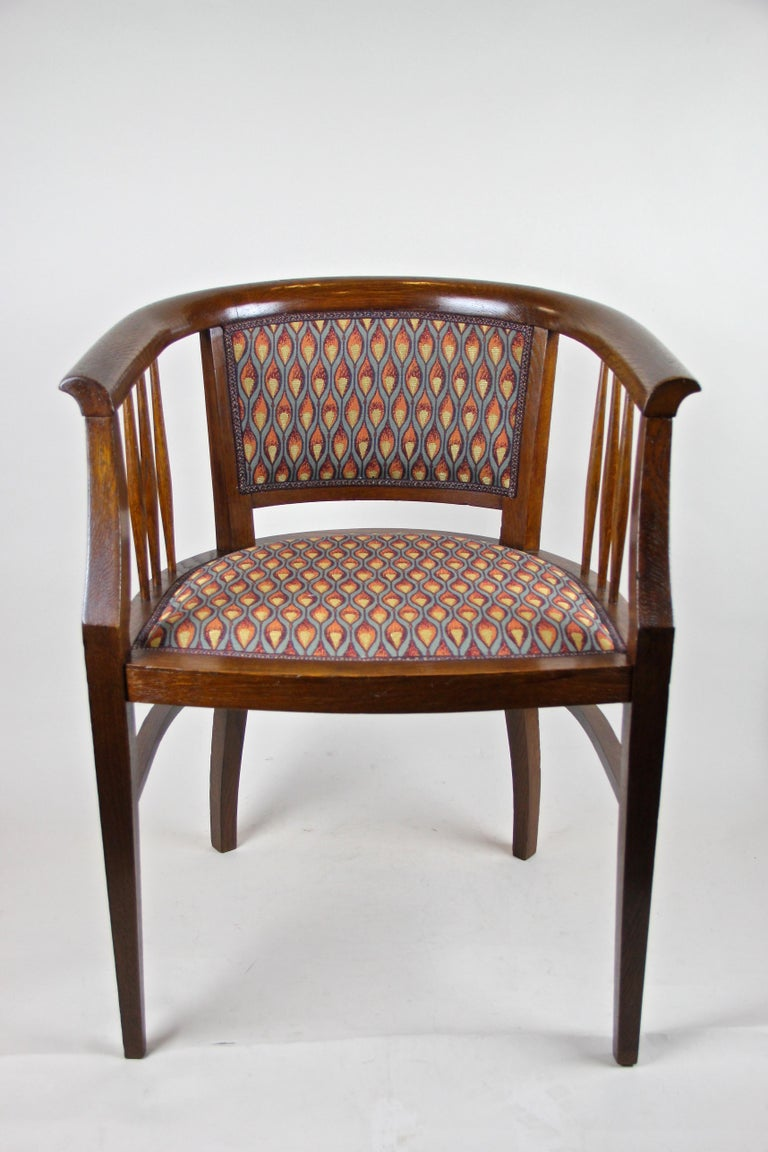 Austrian Pair of Art Nouveau Armchairs Newly Upholstered, Austria, circa 1910 For Sale