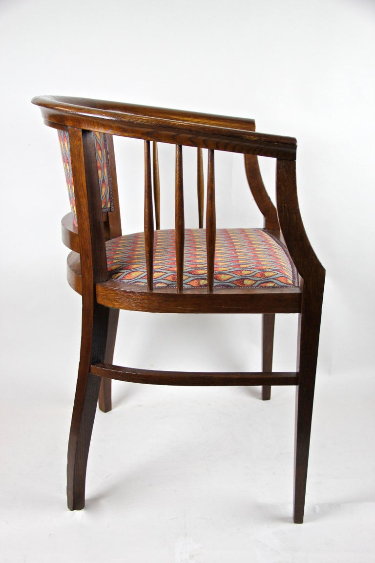 Fabric Pair of Art Nouveau Armchairs Newly Upholstered, Austria, circa 1910 For Sale