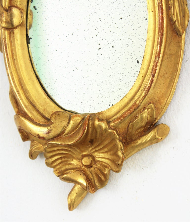 Pair of Art Nouveau Left and Right Gold Leaf Giltwood Mini Sized Mirrors For Sale 4