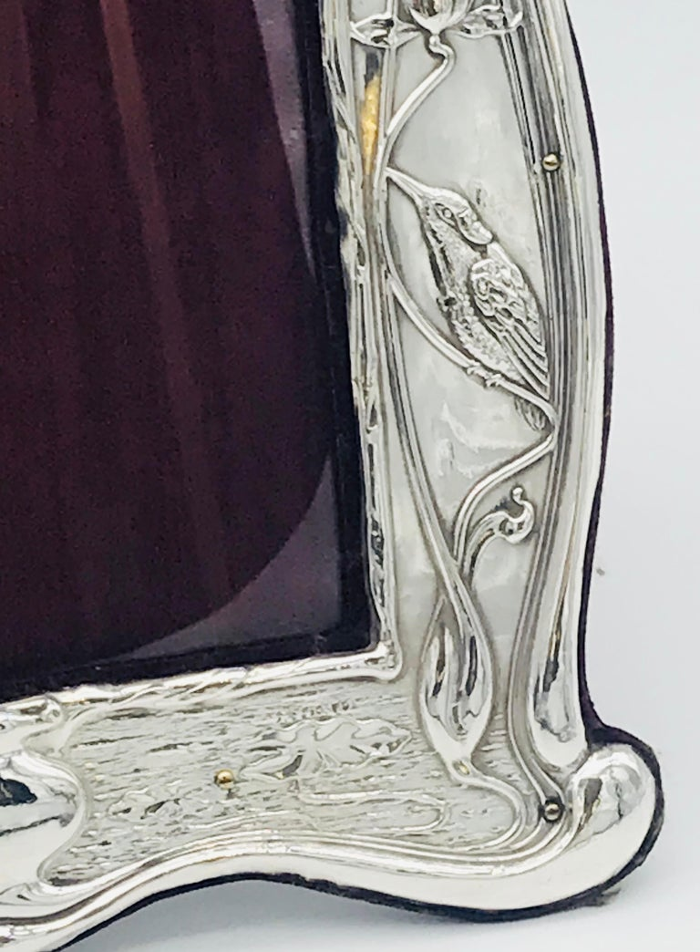 Pair of Art Nouveau Sterling Silver Photograph Frames In Good Condition For Sale In London, GB