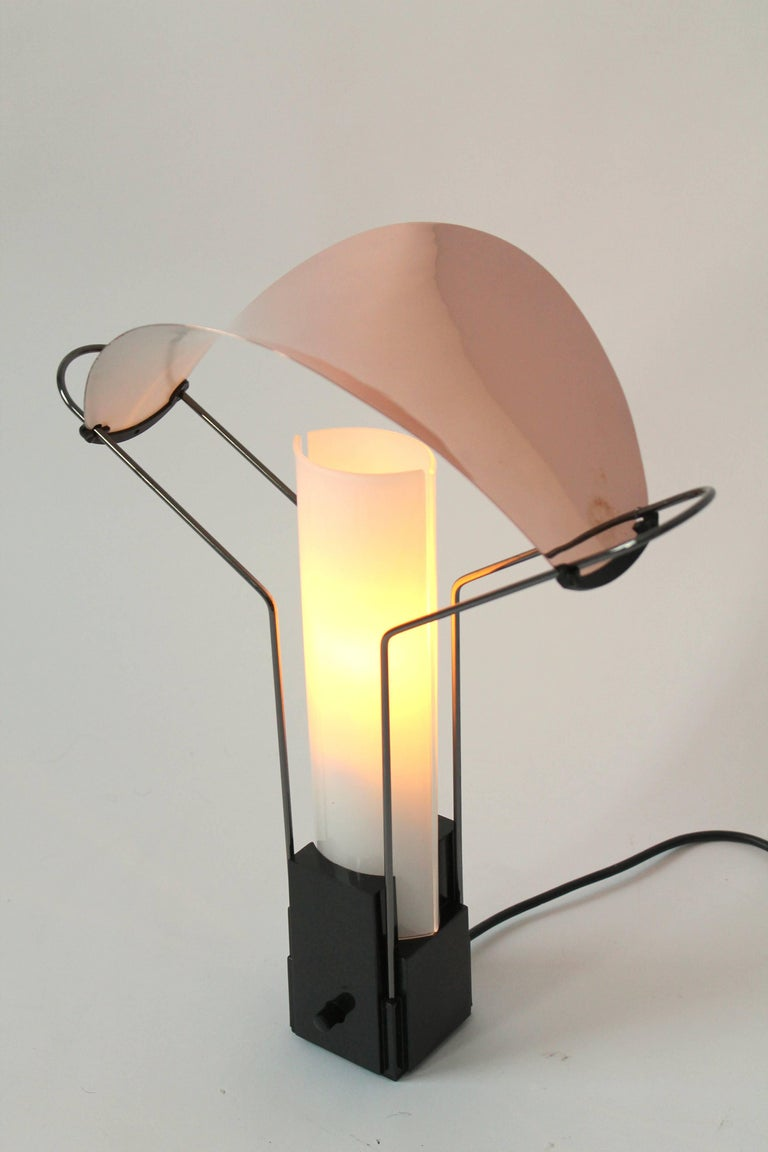 Pair of Arteluce 'Palio' Table Lamp with Copper and Glass Shade, 1985, Italia In Good Condition In St- Leonard, Quebec