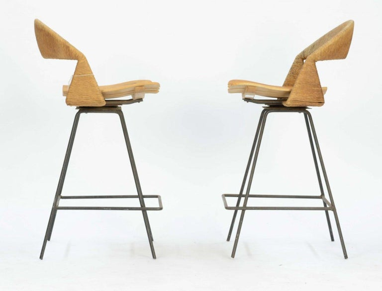 Mid-Century Modern Pair of Arthur Umanoff Bar Stools For Sale