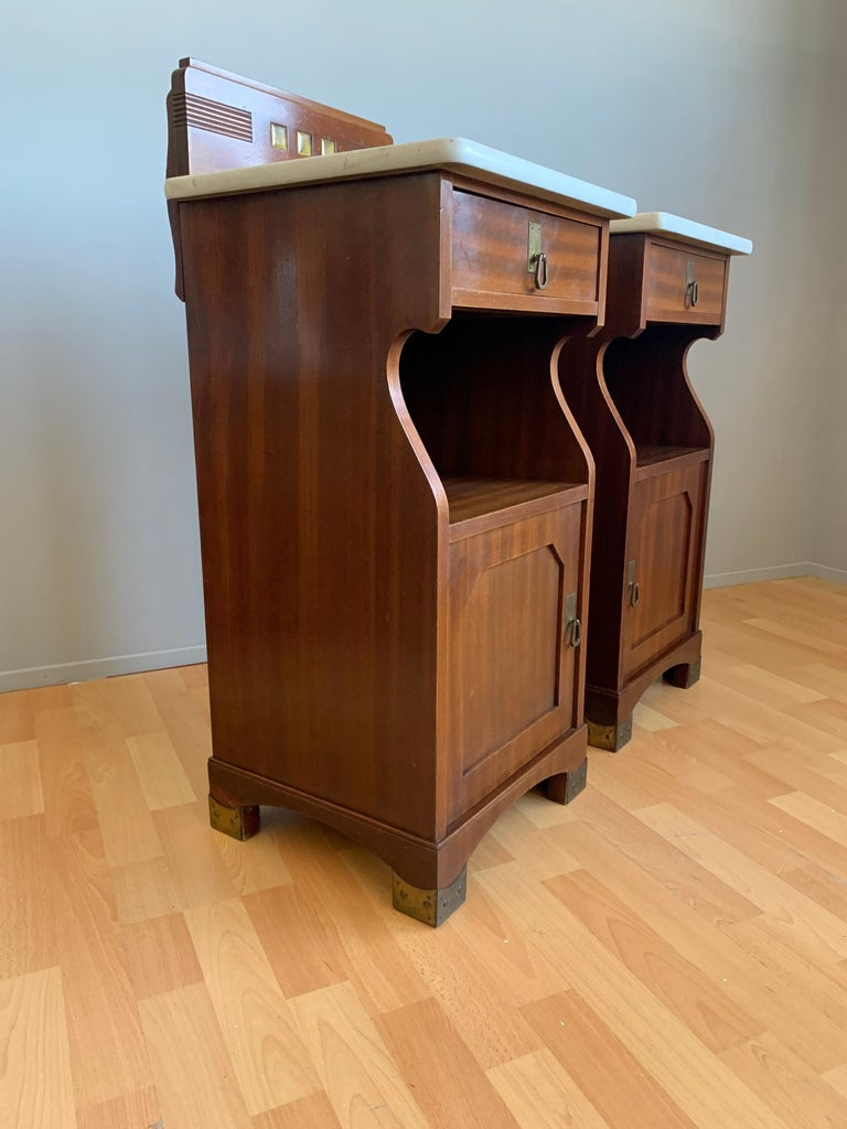 Pair of Arts and Crafts Mahogany Bedside Cabinets / Nightstands with Marble Tops For Sale 4