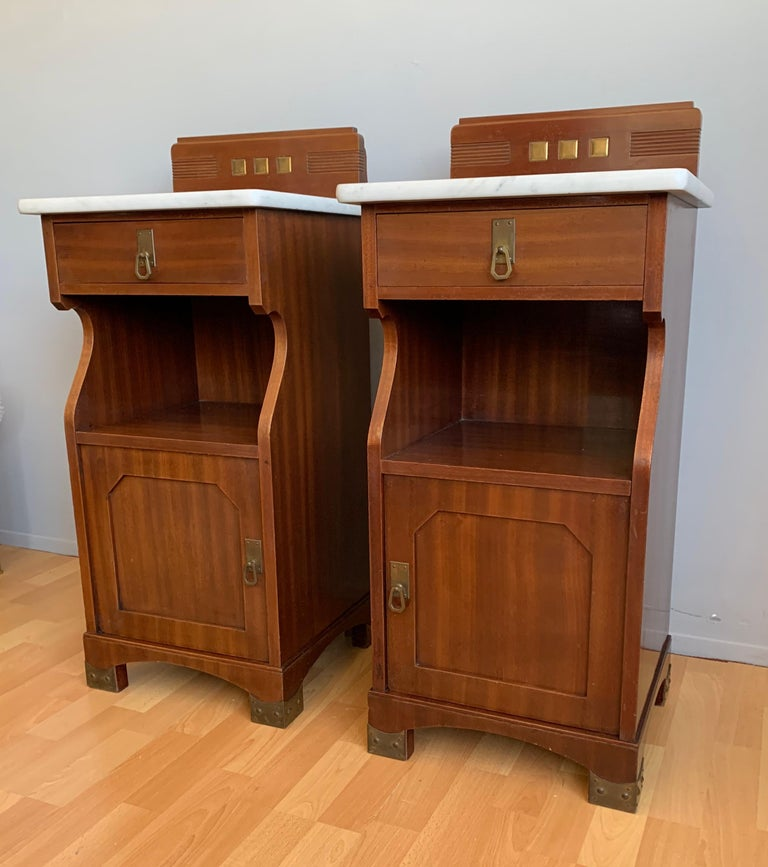 Pair of Arts and Crafts Mahogany Bedside Cabinets / Nightstands with Marble Tops For Sale 9