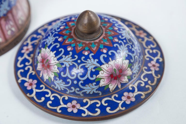 Pair of Asian Cloisonne Lidded Jars For Sale 3