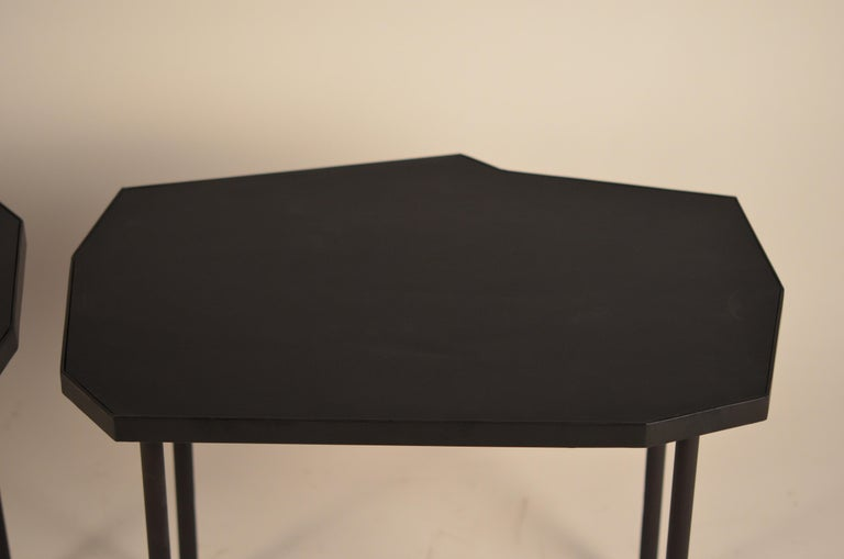 Pair of Asymmetrical 'Décagone' Black Leather Side Tables by Design Frères For Sale 4