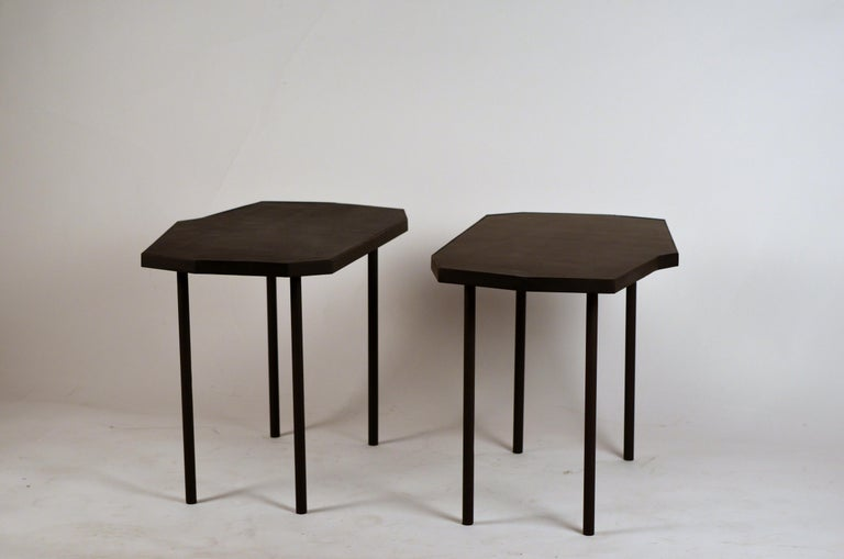 Pair of Asymmetrical 'Décagone' Black Leather Side Tables by Design Frères For Sale 5