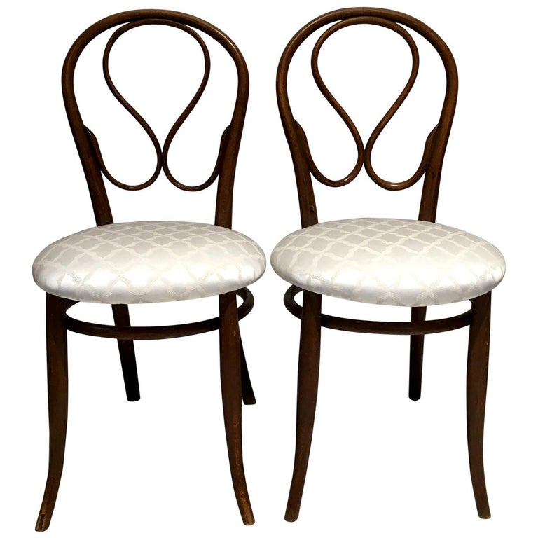 Pair of August Thonet Bentwood Chairs by Thonet Bros For Sale