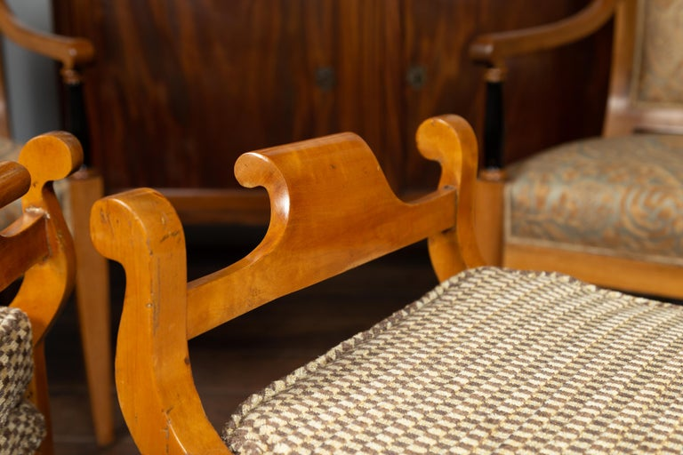 Pair of Austrian 1880s Biedermeier Style Upholstered Benches with Scrolled Arms For Sale 8