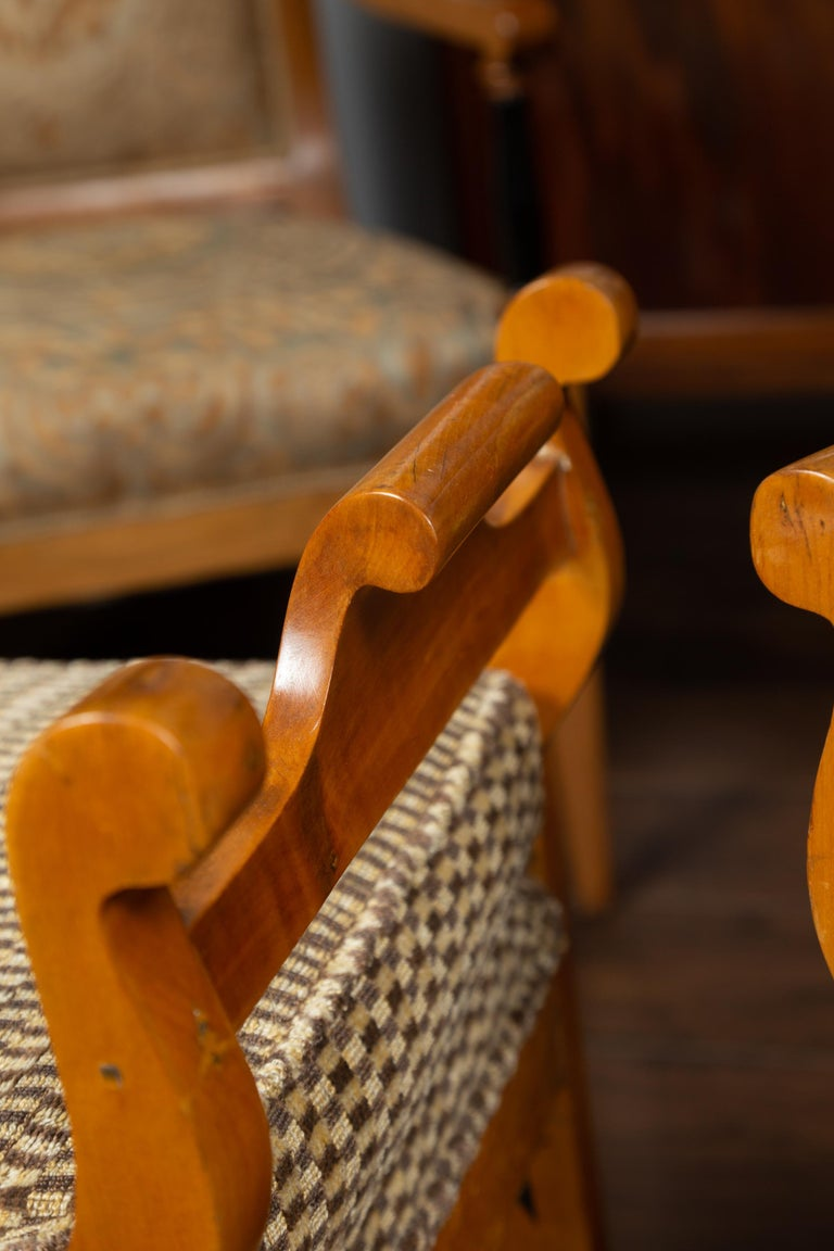 Pair of Austrian 1880s Biedermeier Style Upholstered Benches with Scrolled Arms For Sale 9