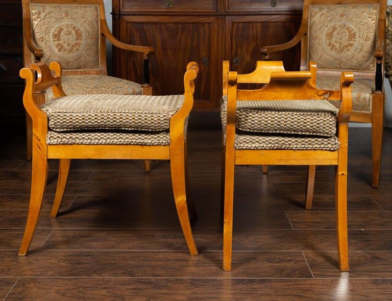 Pair of Austrian 1880s Biedermeier Style Upholstered Benches with Scrolled Arms For Sale 10