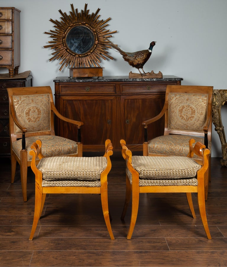 Veneer Pair of Austrian 1880s Biedermeier Style Upholstered Benches with Scrolled Arms For Sale