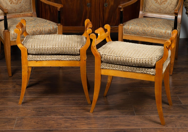 Pair of Austrian 1880s Biedermeier Style Upholstered Benches with Scrolled Arms In Good Condition For Sale In Atlanta, GA