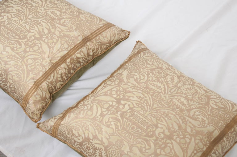 Pair of B. Viz Design Antique Fortuny Pillows In Good Condition For Sale In Baton Rouge, LA