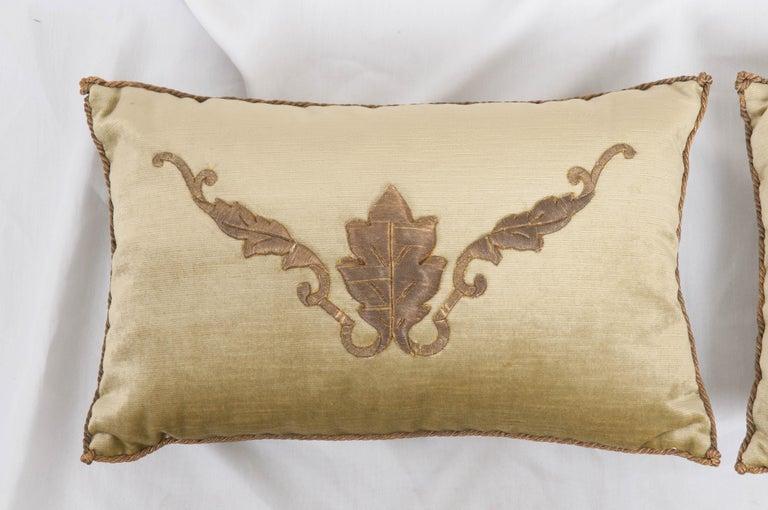 European Pair of B. Viz Design Antique Textile Pillows For Sale
