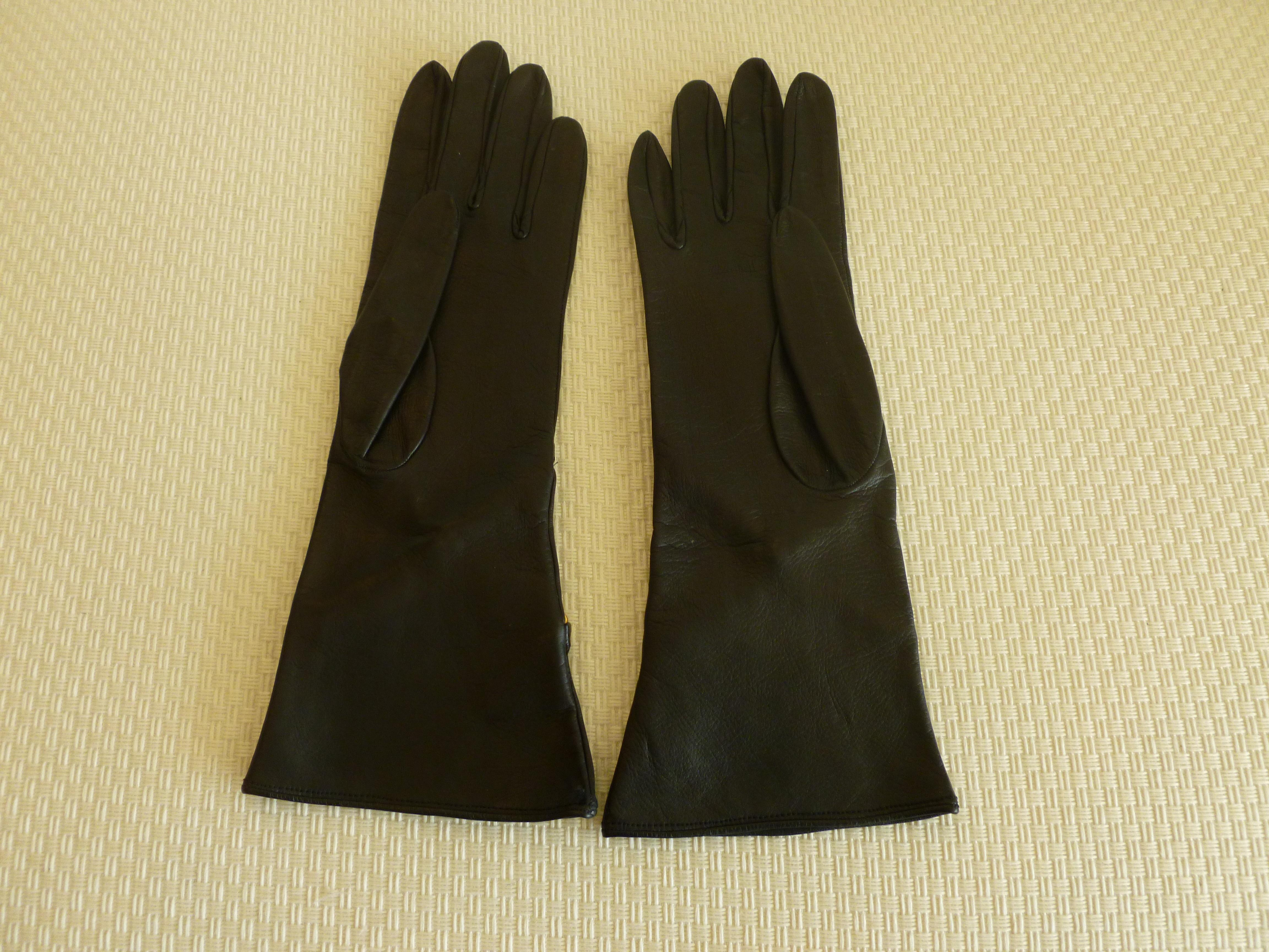 f6b3c5f436f22 Pair of Back Leather and Brass Chain Paloma Picasso Gloves For Sale at  1stdibs