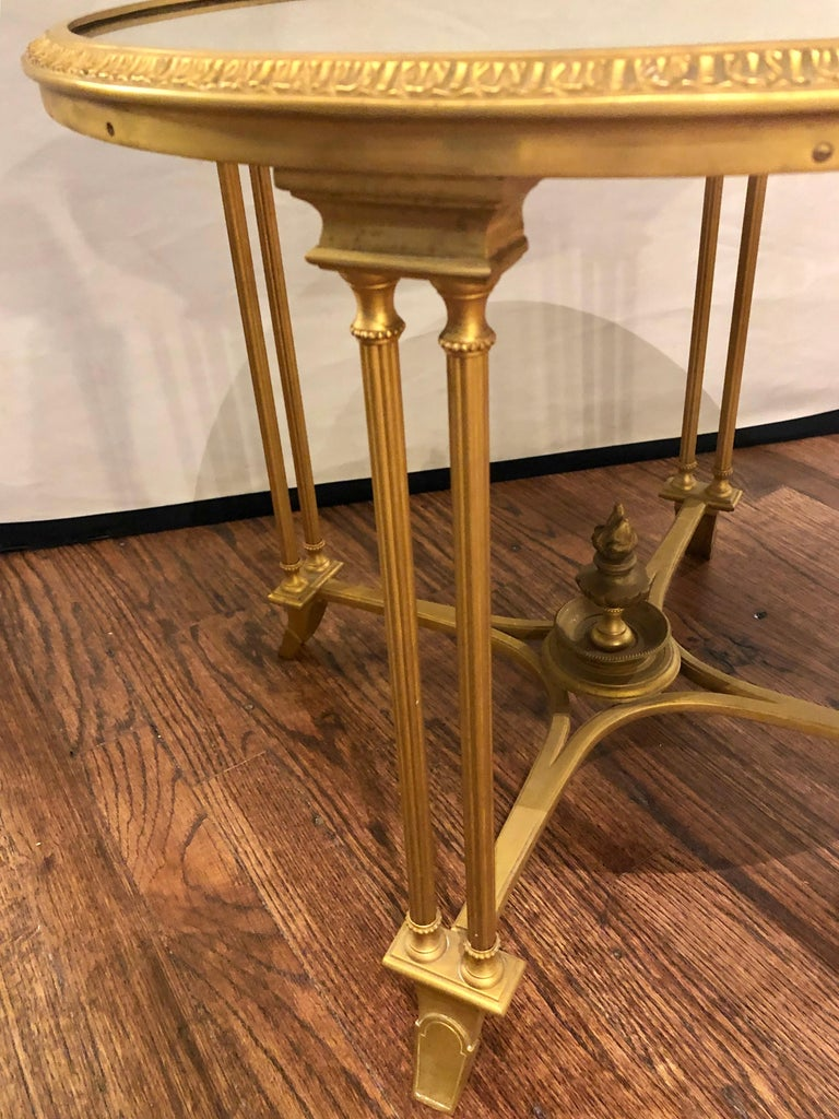 Pair of Bagues Style Gilt Bronze Neoclassical End Tables or Pedestals For Sale 4